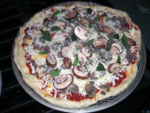 Pizza_sausmushready